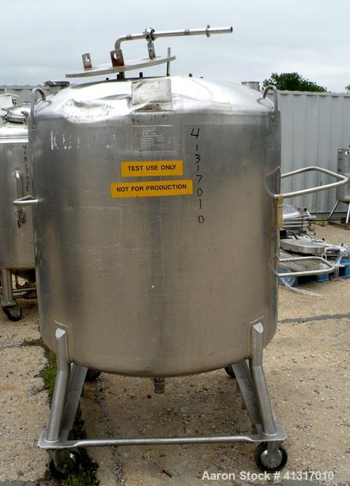 """Used- DCI Pressure Tank, 211 Gallon, 316 Stainless Steel, Vertical. 43 1/4"""" diameter x 37"""" straight side, dished top and bot..."""