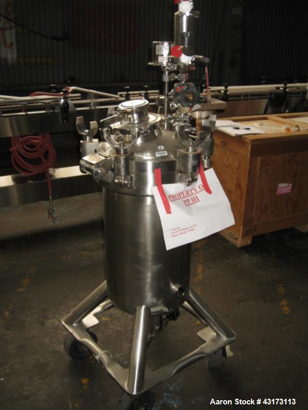 Used- 50 Liter Stainless Steel DCI Pressure Tank