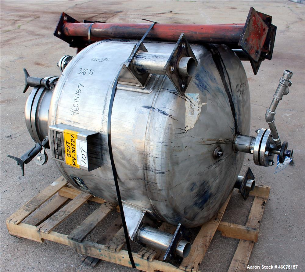 "Used- Eastern Manufacturing Pressure Tank, 150 Gallon, 316L Stainless Steel, Vertical. Approximate 40"" diameter x 24"" straig..."