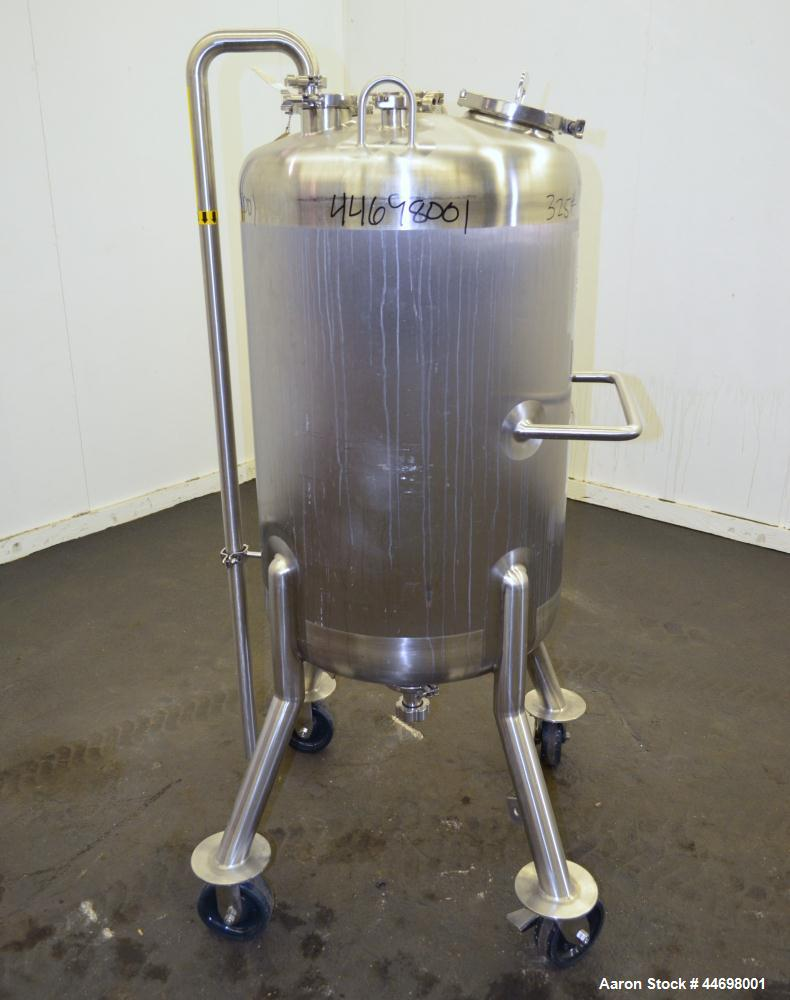 Used-  200 Gallon Stainless Steel Feldmeier Pressure Tank