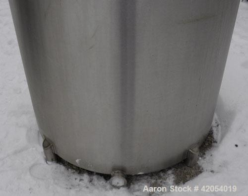 """Used- General Oil Equipment Company Tank, 200 gallon, 316 stainless steel, vertical. 37-1/2"""" diameter x 44"""" straight side, 1..."""
