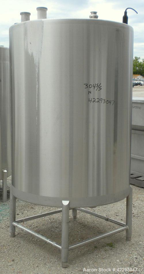 "Used- Hartel Tank, 400 Gallon, 304 Stainless Steel, Vertical. 45"" Diameter x 60"" straight side. Flat top and bottom. Opening..."