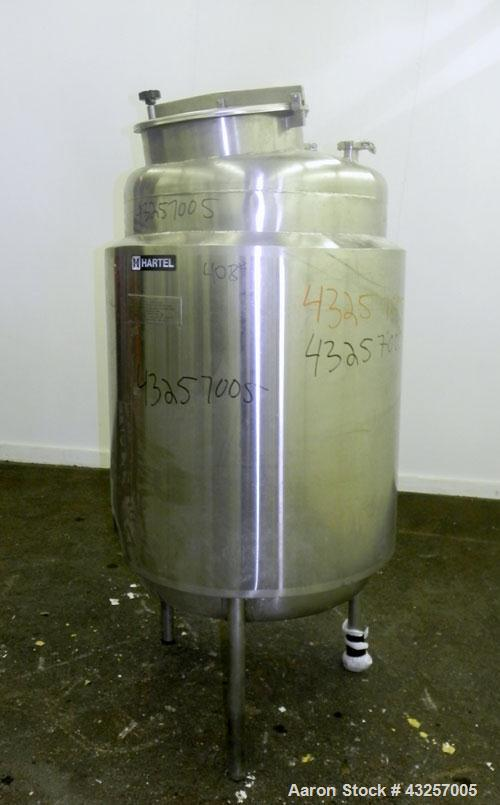 "Used- Hartel Tank, 125 Gallon (475 Liter), 316 Stainless Steel, Vertical. 30"" Diameter x 40"" straight side, dished top and b..."
