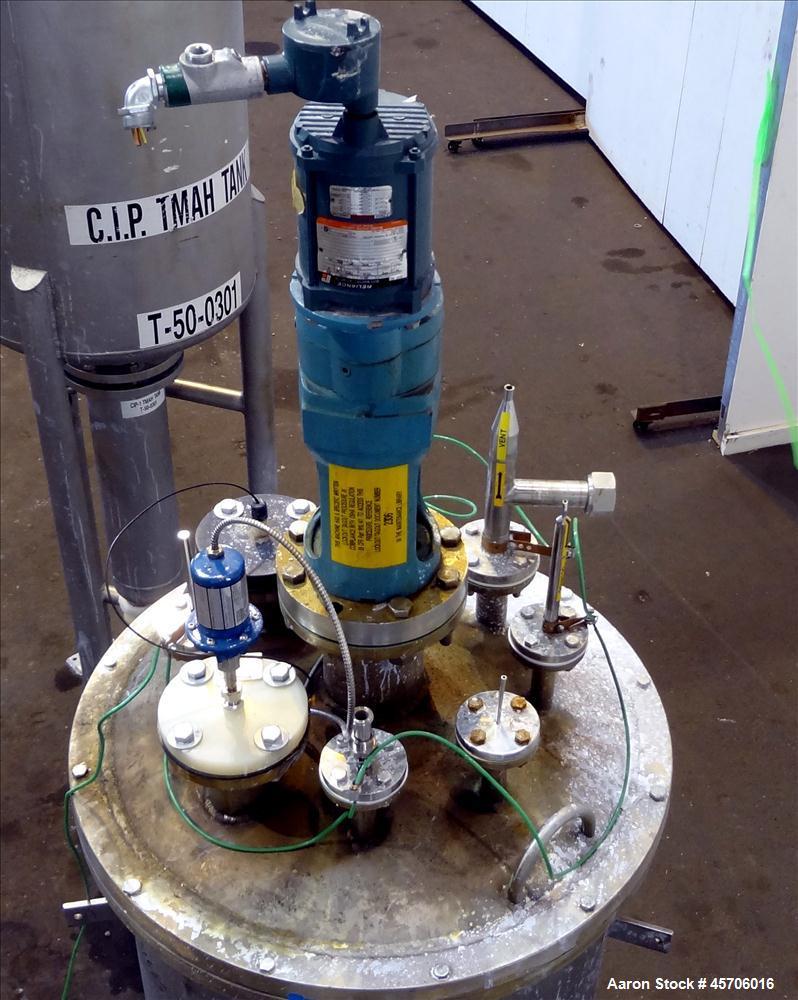 "Used- Lee Industries Pressure Tank, 113 Gallon, Model 119DBT, Teflon coated 316 Stainless Steel, Vertical, 35"" straight side..."