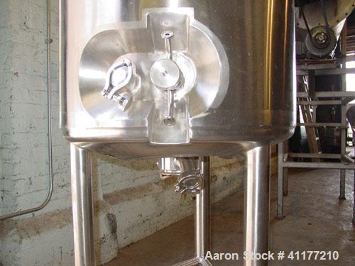 """Used- Lee Industries Pressure Tank, 50 Gallon, Model 200LDBT, Stainless Steel, Vertical. 22"""" diameter x 36"""" straight side, d..."""