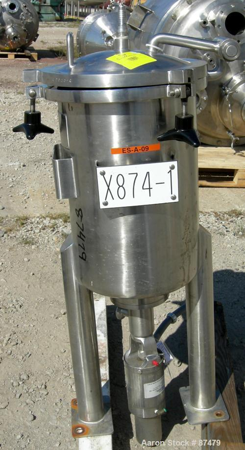 """USED: Lee Industries tank, 9 gallon, 304 stainless steel, vertical. 12"""" diameter x 18"""" straight side. Dished hinged top, dis..."""