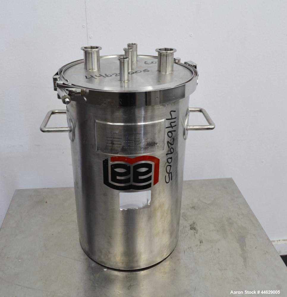 Used- 9 Gallon Stainless Steel Lee Industries Tank