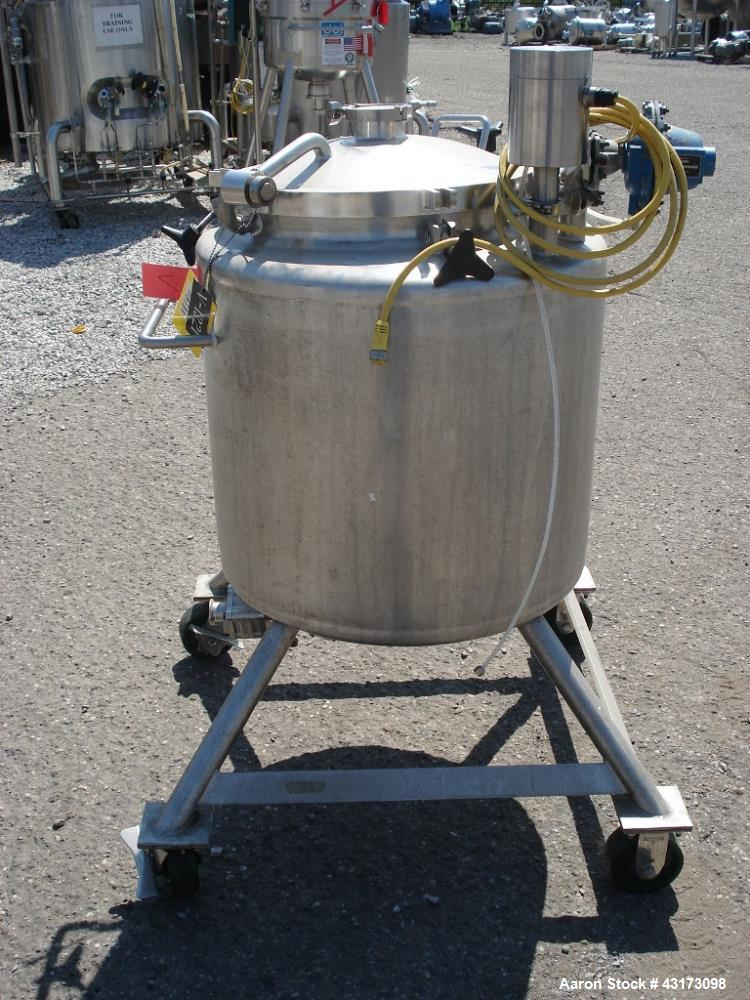 "Used-200 Liter Lee tank, 26"" diameter x 20"" straight side, dish top and bottom, 1.5"" bottom opening, 18"" top opening, serial..."