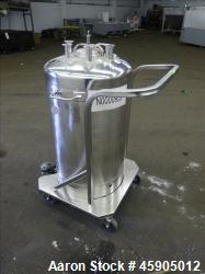 "Alloy Products Pressure Tank, 25 Gallon, 316 Stainless Steel, Vertical. Approximate 18"" diameter x ..."