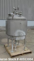 http://www.aaronequipment.com/Images/ItemImages/Tanks/Stainless-0-499-Gal/medium/Paul-Mueller_48553004_aa.jpg