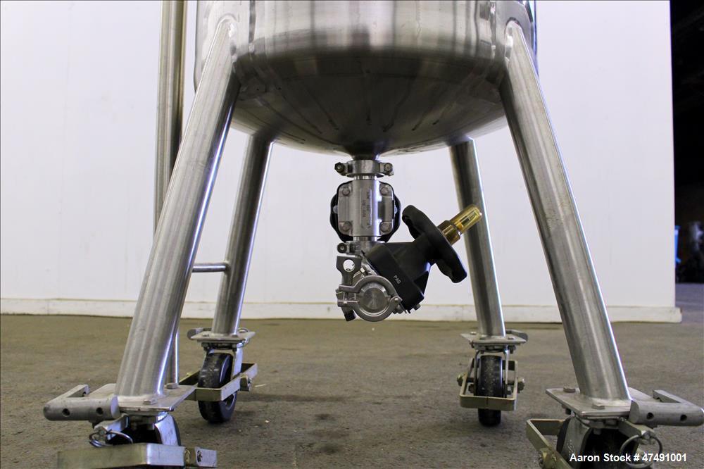 Used- Mueller Pressure Tank, 250 Liter (66.04 Gallon), 316L Stainless Steel, Ver