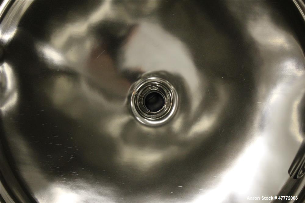 Used- Mueller Pressure Tank, 250 Liter(66.04 Gallon), 316 Stainless Steel, Verti