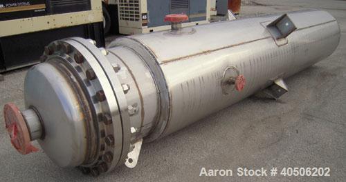 "Unused- Mueller Flash Drum Pressure Tank, 200 gallon, model ""F"", 304L stainless steel, vertical. 24'' diameter x 138'' strai..."