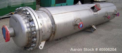 """Unused- Mueller Flash Drum Pressure Tank, 200 gallon, model """"F"""", 304L stainless steel, vertical. 24"""" diameter x 138"""" straigh..."""