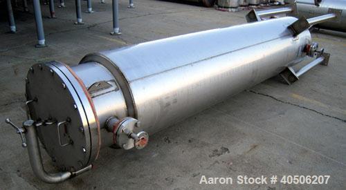 "Unused- Mueller Pressure Tank, 263 Gallon, model ""F"", 304L stainless steel, vertical. 24"" diameter x 138"" straight side, dis..."