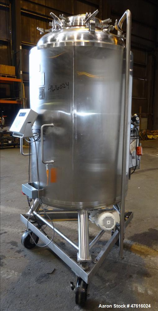 Used- Mueller Pressure Tank, Model F, 750(198 Gallon), 316L Stainless Steel
