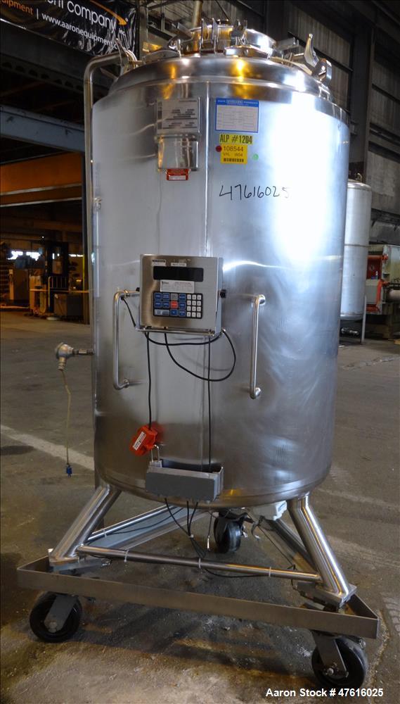 Used- Mueller Pressure Tank, Model F,(198 Gallon), 316L Stainless Steel