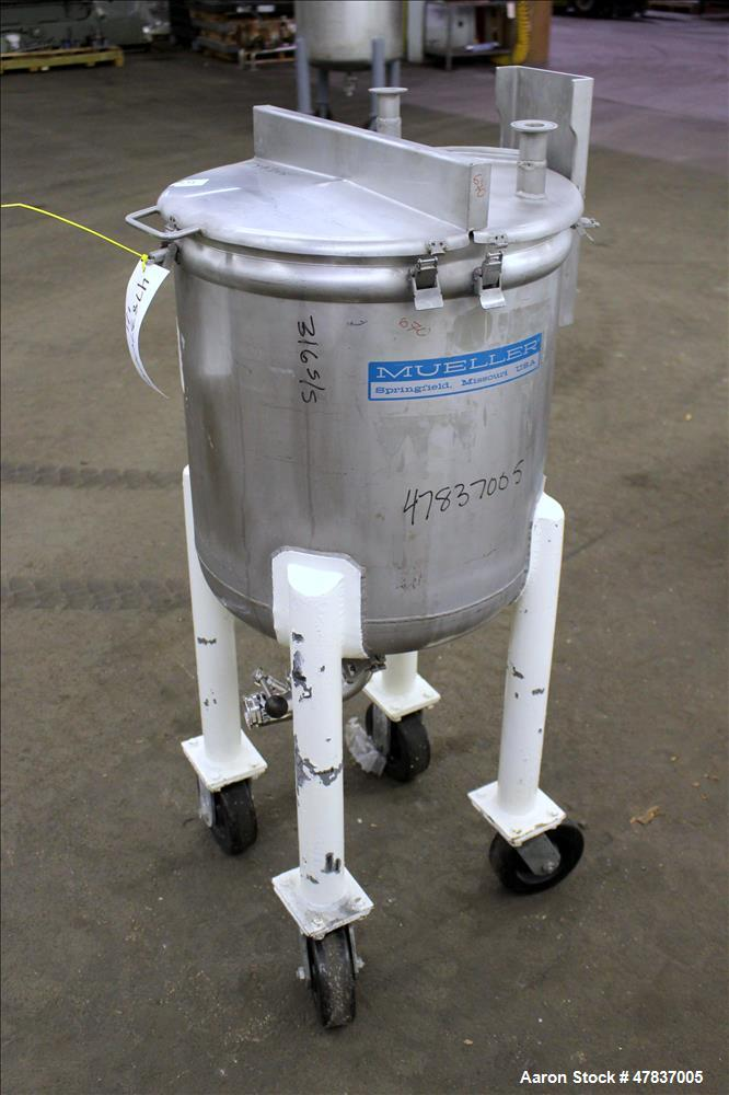 """Used- Mueller Tank, 20 Gallon, Model F, 316 Stainless Steel, Vertical. 18"""" Diameter x 18"""" straight side, open top with (2) 1..."""