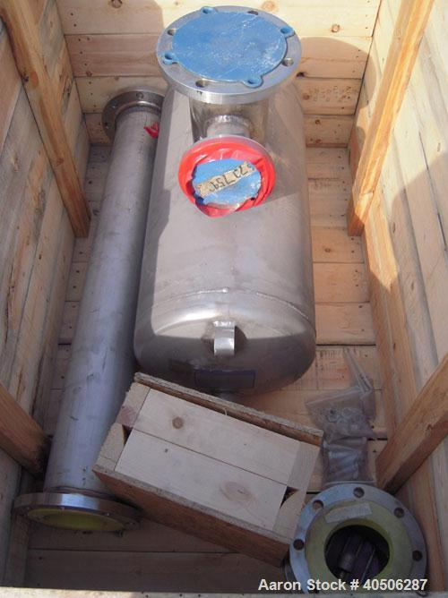 "Unused- Mueller Tank, 25 Gallon, Model ""H"", 304 Stainless steel, Horizontal. Approximately 14'' diameter x 30'' straight sid..."