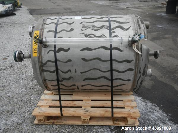"Used- Niles Steel Pressure Tank, 100 Gallon, Stainless Steel Construction. Approximate 36"" diameter x 36"" straight side, dis..."
