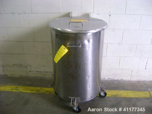 """Used- Tank, 60 Gallon, Stainless Steel, Vertical. 22-1/2"""" diameter x 33"""" straight side. Open top with hinged cover, flat bot..."""