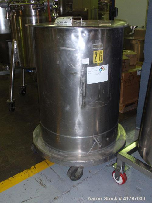 """Used- Tank, 125 Gallon, Stainless Steel, Vertical. 32"""" diameter x 40"""" staight side, open top with cover, flat bottom. 1"""" sid..."""