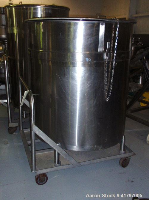 """Used- Tank, 300 Gallon, Stainless Steel, Vertical. 44""""diameter x 46"""" staight side, open top with cover, flat bottom. 1-1/2"""" ..."""