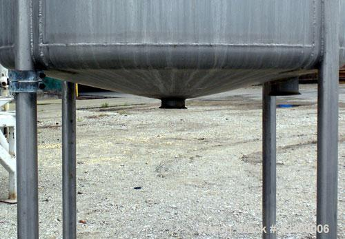 "Used- Tank, 270 Gallon, 304 Stainless Steel, Vertical. 36"" Diameter x 60"" straight side. Flat top with a 1/2 hinged cover, s..."