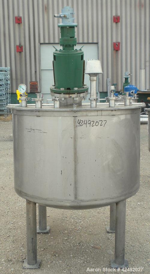 "Used- Tank, 250 Gallon, 304 Stainless Steel, Vertical. 48"" Diameter x 28"" straight side. Open top with a 2 piece cover, 1/2 ..."