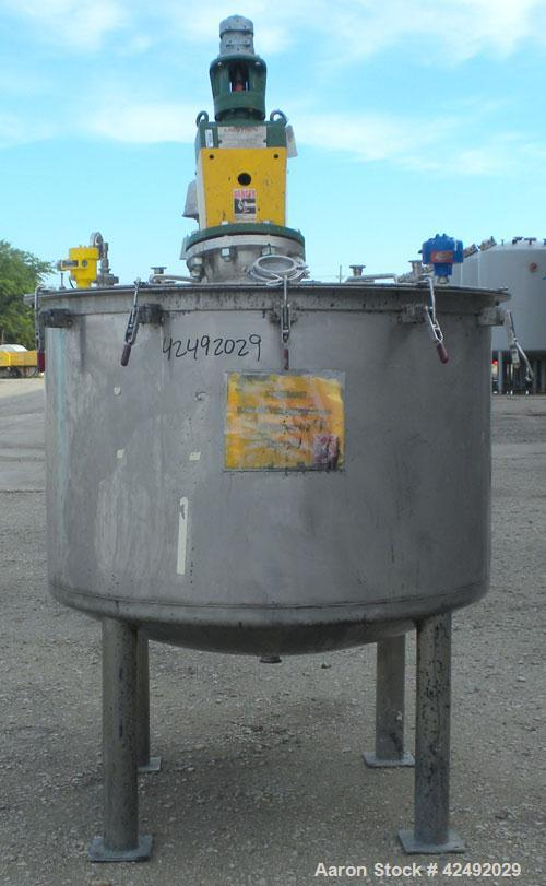 """Used- Tank, 250 Gallon, 304 Stainless Steel, Vertical. 48"""" Diameter x 28"""" straight side. Open top with a 2 piece cover, 1/2 ..."""