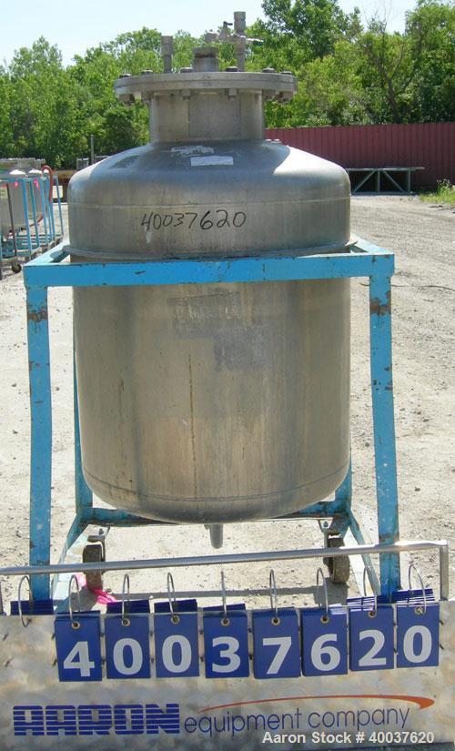"""Used- Javo N.V. Alkmaar Pressure Tank, 100 gallon, 304 stainless steel, vertical. 30"""" diameter x 30"""" straight side, dished t..."""