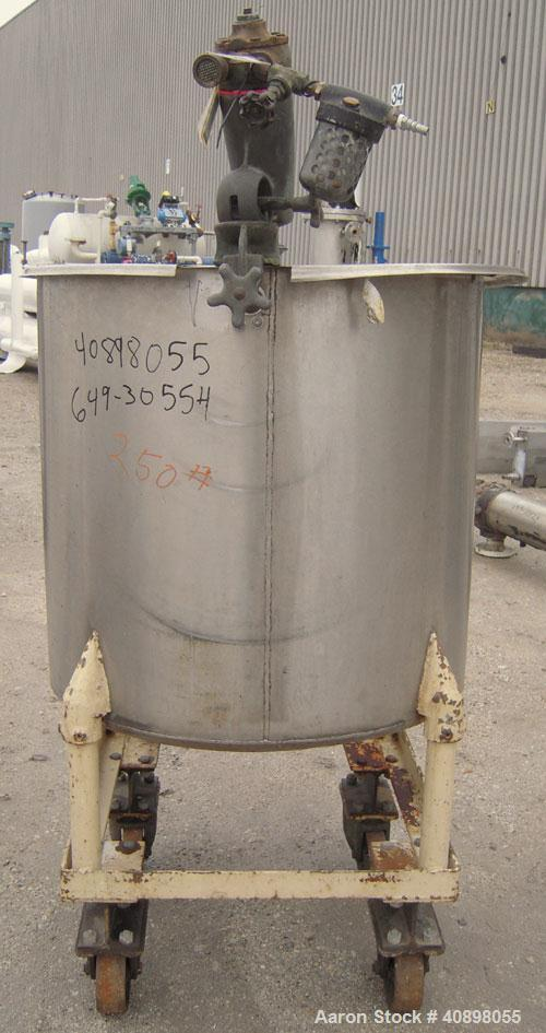 """Used- Tank, 90 gallon, 304 stainless steel. 30"""" diameter x 30"""" straight side, open top with cover, flat sloping bottom. Clam..."""