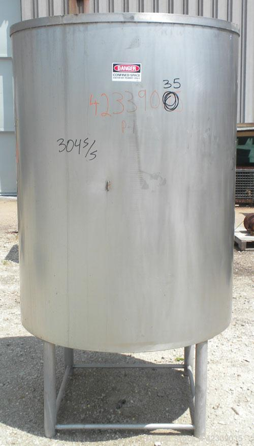 """Used- Tank, Approximately 450 Gallon, 304 Stainless Steel, Vertical. 45"""" Diameter x 60"""" straight side, open top, no cover, s..."""