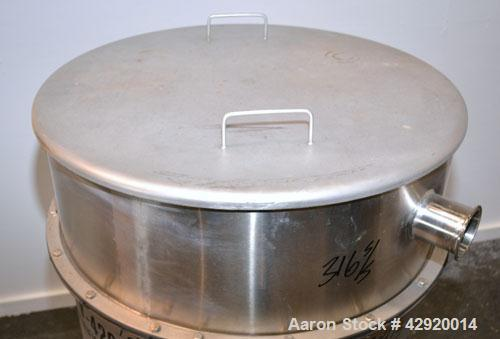 Used- Tank, 110 Gallon, 304 Stainless Steel, Vertical. 30'' Diameter x 36'' straight side. Flat open top with a 1 piece cove...