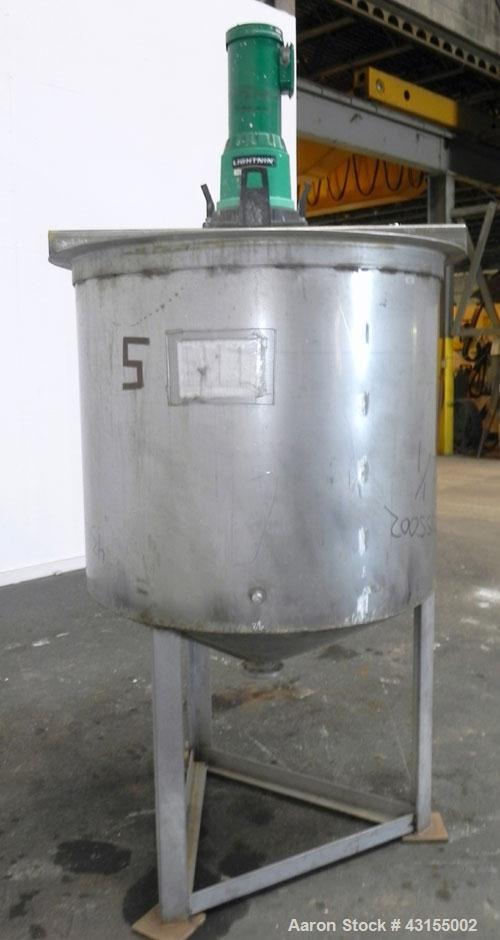 """Used- Tank, 275 Gallon, 304 Stainless Steel, Vertical. Approximate 44-3/4"""" diameter x 40"""" straight side, open top, no cover,..."""