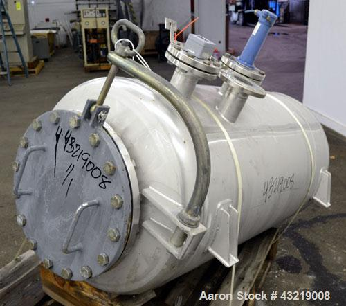 "Used- Inox-Maurer AG Tank, 760 Liter (200 Gallon), 316L Stainless Steel, Horizontal. Approximate 31"" diameter x 51"" straight..."