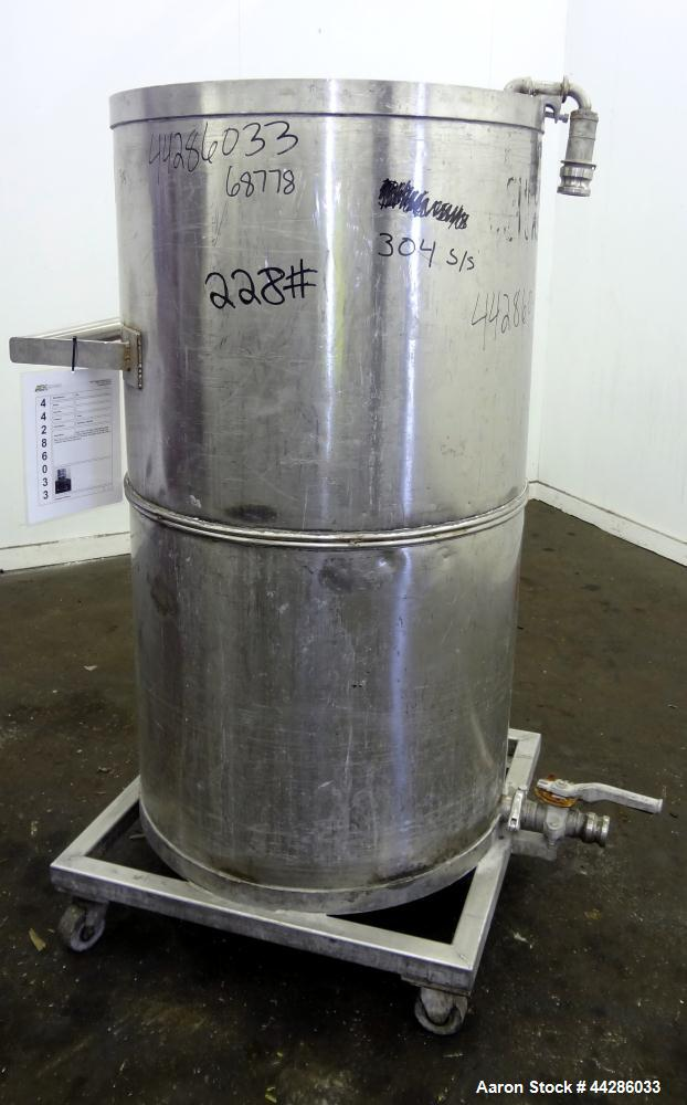 Used- 150 Gallon Stainless Steel Tank
