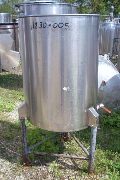 """Used- Tank, 70 Gallon, Stainless Steel, Vertical. 25"""" diameter x 33"""" straight side."""