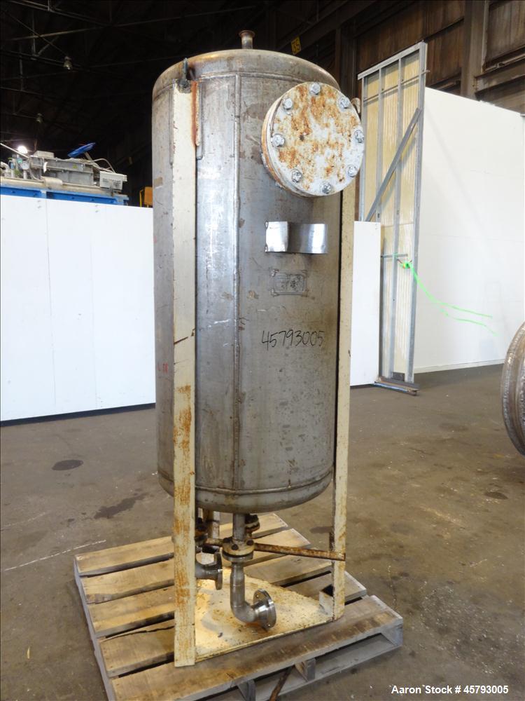 Used- Scientific Design Co. Tank, Approximately 175 Gallon