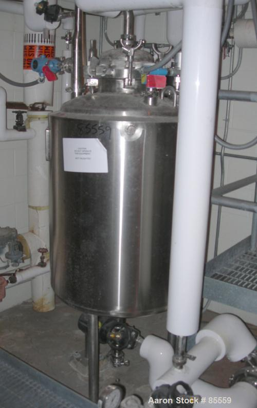 "USED: Northland stainless pressure tank, 60 gallon, 316L stainless steel, vertical. 12"" diameter x 29"" straight side, dish t..."