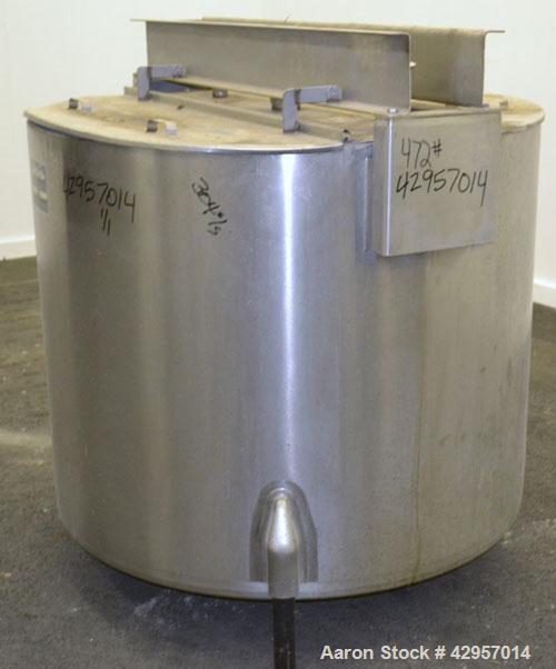 Used- Perma-San Tank, 200 Gallon, Model KTL, 304 Stainless Steel, Vertical. 44'' Diameter x 29'' straight side. Open top wit...