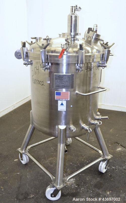 """Used- Precision Stainless Pressure Tank, 66 Gallon (250 Liter), 316L Stainless Steel, Vertical.  28"""" Diameter x 28"""" straight..."""