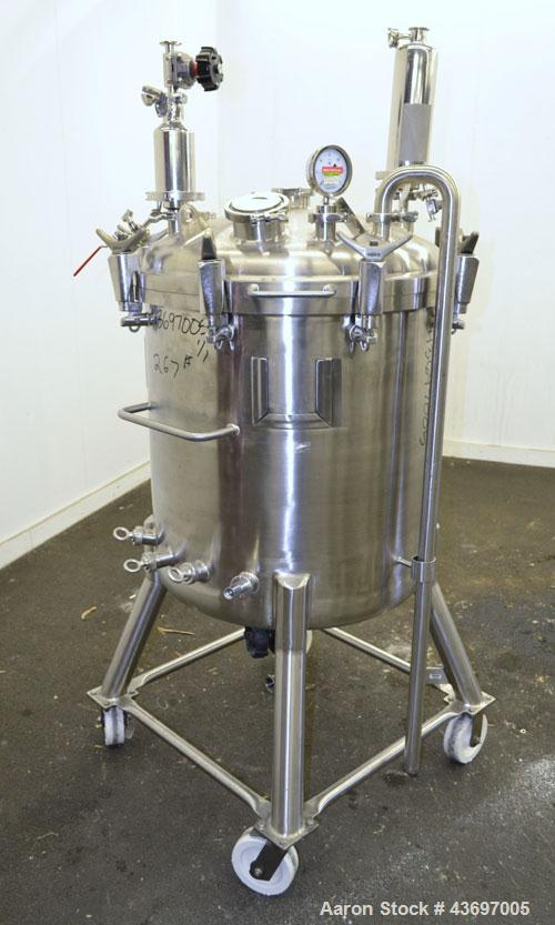 "Used- Precision Stainless Pressure Tank, 66 Gallon (250 Liter), 316L Stainless Steel, Vertical.  28"" Diameter x 28"" straight..."