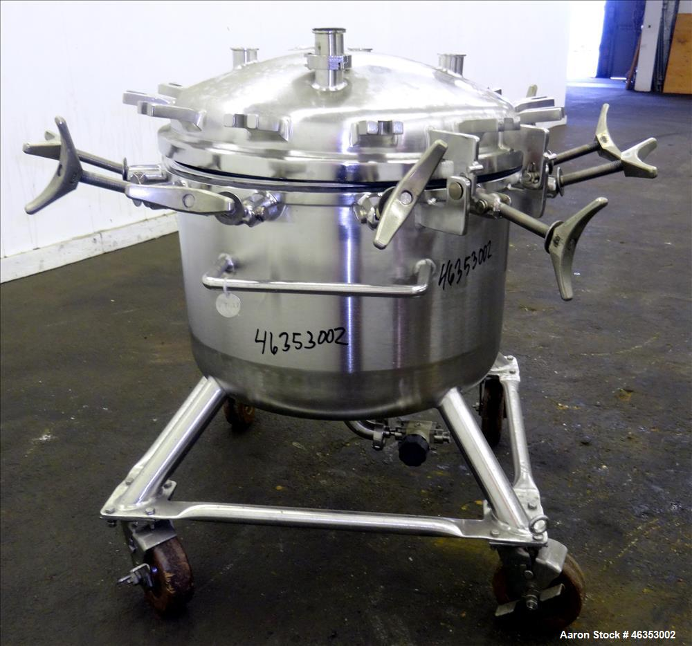 """Used- Precision Stainless Pressure Tank, 26.4 Gallons (100 Liters), 316L Stainless Steel, Vertical. 23-5/8"""" Diameter x 14"""" s..."""