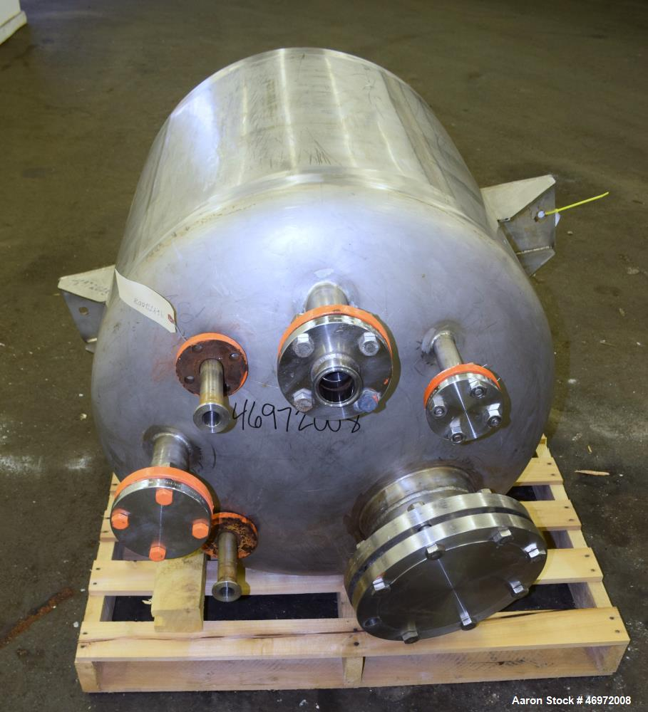 "Used- Tank, 100 Gallons, 316 Stainless Steel, Vertical. Approximate 32"" diameter x 35"" straight side, dish top and bottom. I..."