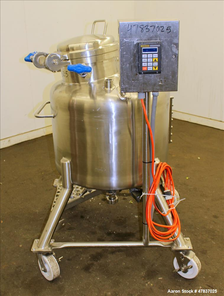 """Used- Pure-Flo Precision Pressure Tank, 150 liter (39 Gallon), 316L Stainless Steel, Vertical. 26"""" Diameter x 16"""" straight s..."""