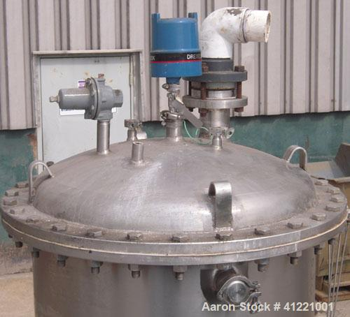 """Used- Stainless Fabrication Tank, 150 gallon, 316L stainless steel, vertical. 30"""" diameter x 48"""" straight side. Bolt on dish..."""