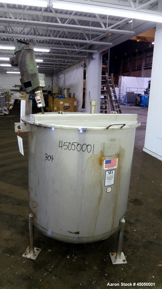 """Used- Stainless Fabrication Tank, 150 Gallon, 304 Stainless Steel, Vertical. Approximate 38"""" Diameter x 35"""" straight side, o..."""