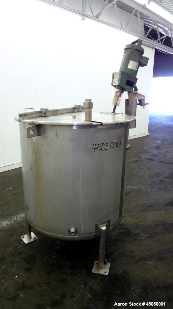 "Used- Stainless Fabrication Tank, 150 Gallon, 304 Stainless Steel, Vertical. Approximate 38"" Diameter x 35"" straight side, o..."