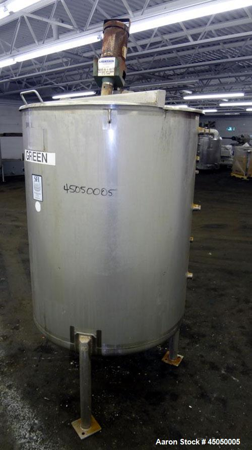 """Used- Stainless Fabrication Tank, 250 Gallon, 304 Stainless Steel, Vertical. Approximate 38"""" Diameter x 46"""" straight side, o..."""
